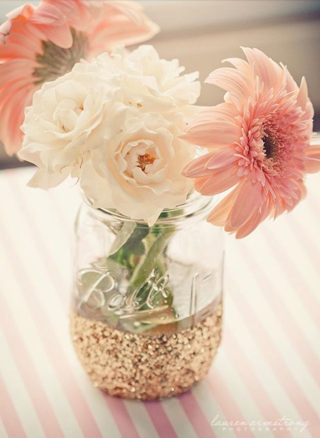 DIY Mason Jar Vases - Mason Jar Dipped In Glitter - Best Vase Projects and Ideas for Mason Jars - Painted, Wedding, Hanging Flowers, Centerpiece, Rustic Burlap, Ribbon and Twine http://diyjoy.com/diy-mason-jar-vases