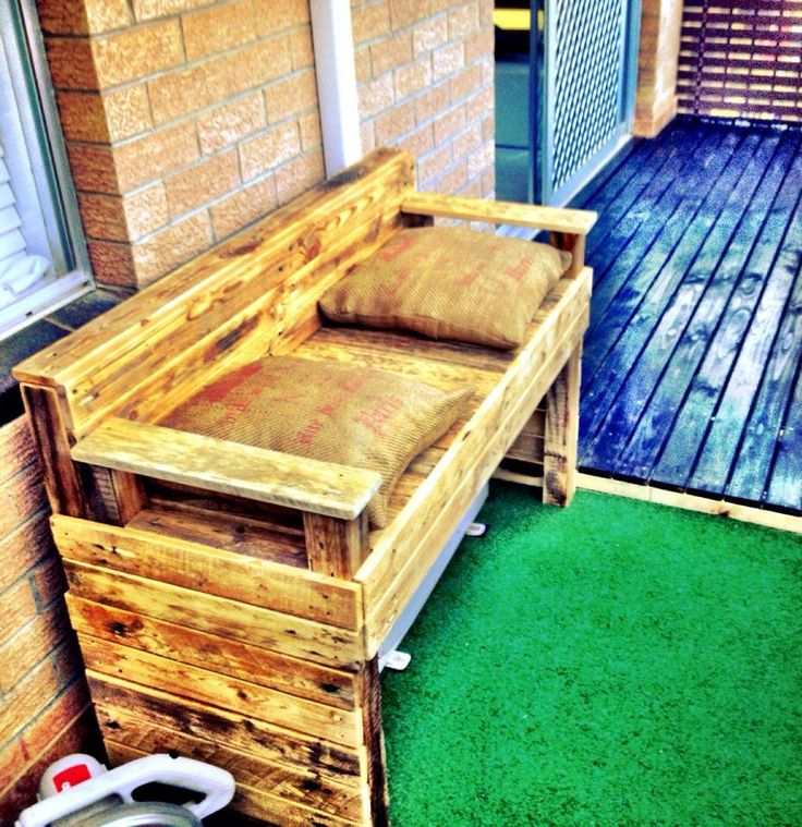 Pallet bench to cover air conditioner unit on balcony