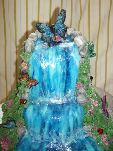 25 Best Ideas About Waterfall Cake On Pinterest Camping