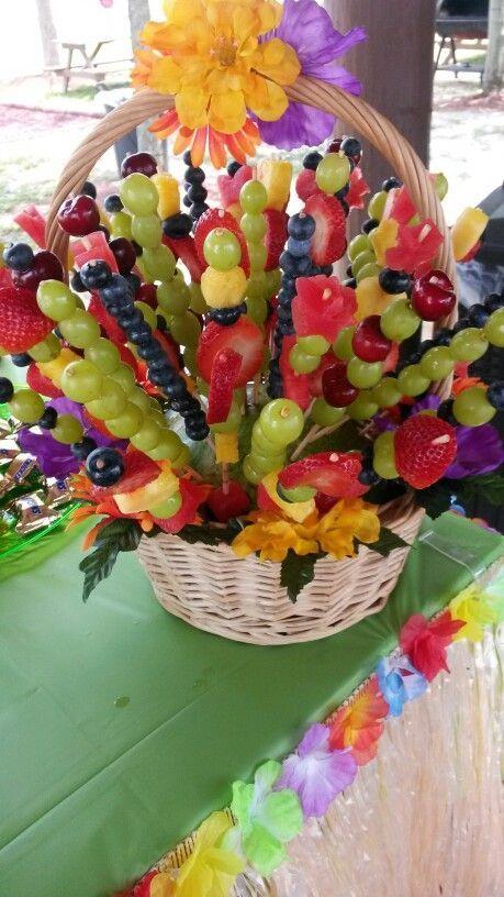 Arreglo de frutas para fiesta hawaiana decoracion for Frutas de cristal