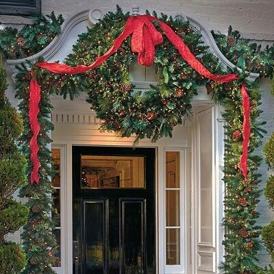 4201 best christmas floral designs images on pinterest Outdoor christmas garland ideas