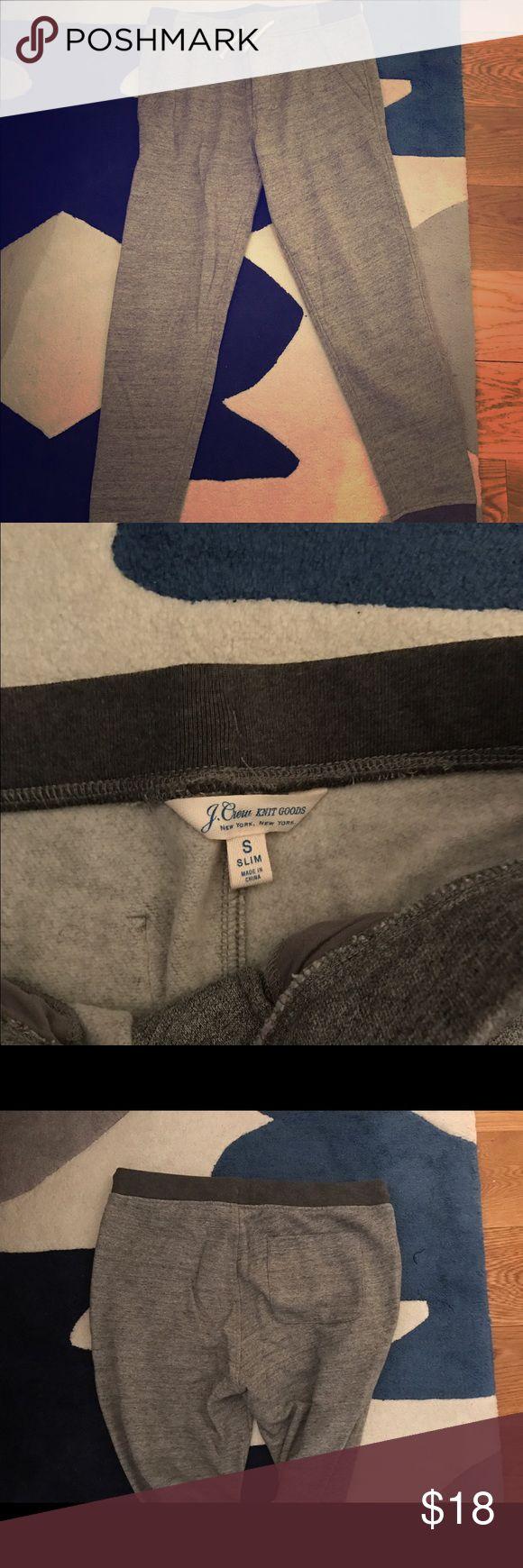Men's Jcrew Slim Fit Jogger Sweatpants Men's J.Crew Slim Fit Jogger sweatpants size small. 1 pack pocket, cuffed bottom. J. Crew Pants Sweatpants & Joggers