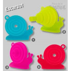Snail Funnels in bright colours. Fold flat for easy storage. What a fab idea. Thanks Pylones