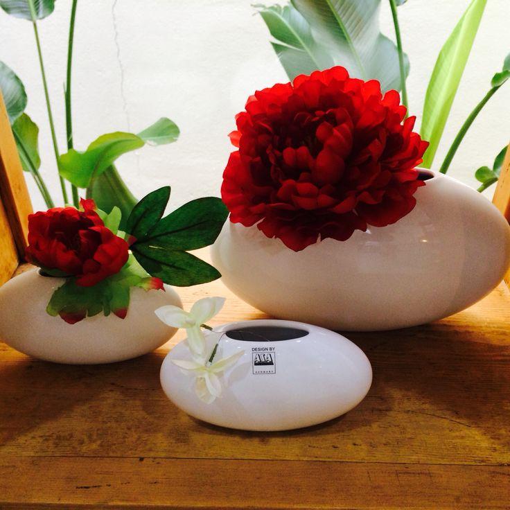 Orbit vases