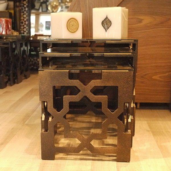Les 25 meilleures id es de la cat gorie tables gigognes for Difference design et artisanat