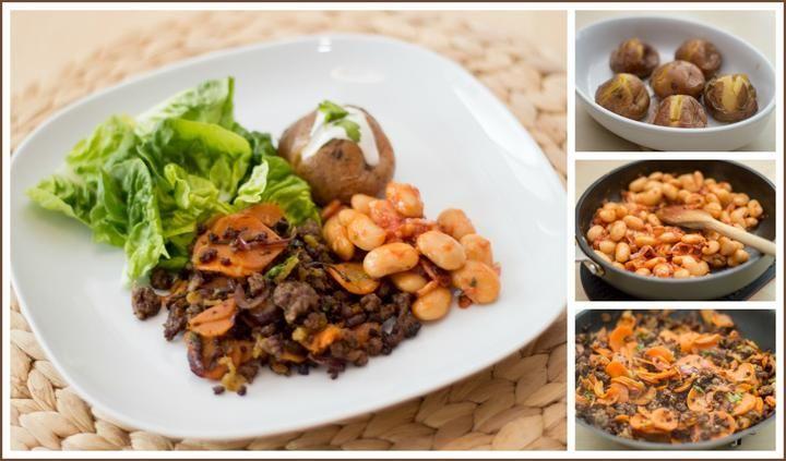 Mleté hovězí, brambory ve slupce, máslové fazole se slaninou, salát s avokádovou zálivkou