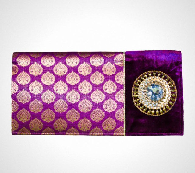 #Clutch Purses – Give the Impression Of Being Classy And Lavish