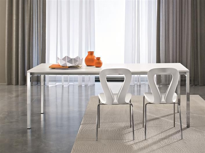 Young table + Open chair