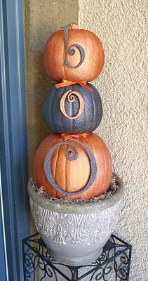 Halloween pumpkin topiary: Halloween Decor, Fall Decor, Glitter Pumpkin, Boo Pumpkin, Pumpkin Topiaries, Front Doors, Fall Halloween, Holidays Decor, Halloween Fal