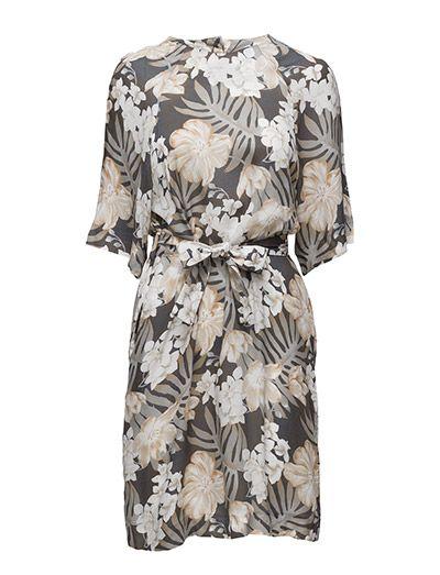 Klikk her for å se og kjøpe Hope Lucy Dress (Khaki Print) på Boozt.com - til 1900 kr. Ny kolleksjon fra Hope! Rask levering, enkel retur og sikker betaling.