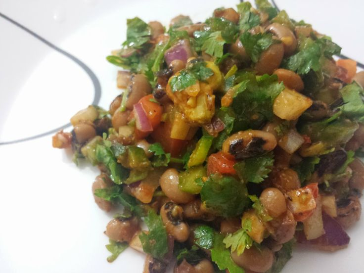 Szechuan Black-Eyed Pea Salad - A healthy and light salad with a hint of chinese flavor #MyRasoiAdventures