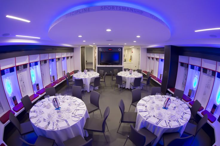 Host a dinner in the England Changing Rooms here at Twickenham Stadium for a completely unique event. Pair this with a drinks reception by the side of the Twickenham Turf and in the Players Tunnel.