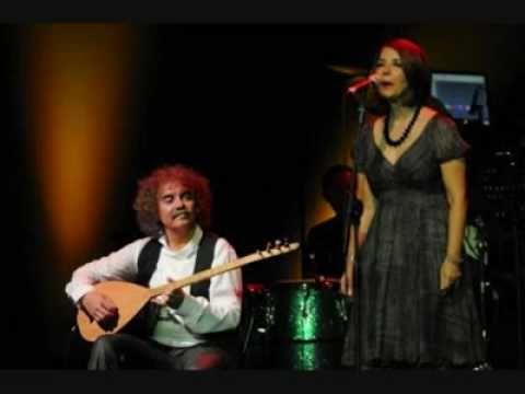 Grup Yorum-Beni Sana Sımsıkı Sarılı Görenler Olmuş.mp4 - YouTube