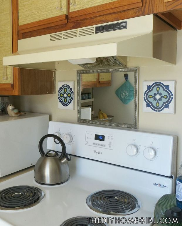 1000 Ideas About Apartment Kitchen Makeovers On Pinterest