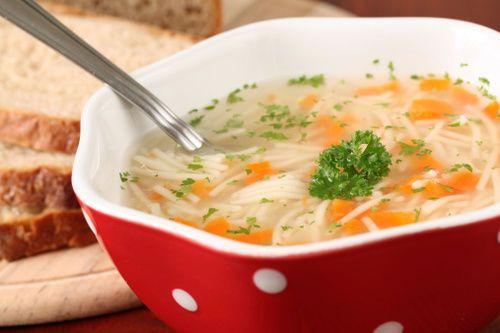 Receta para Navidad: Rica sopa de pavo súper fácil de preparar. ¡Buen provecho!