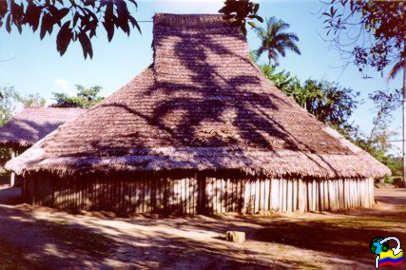 Maloca indigena Amazonas-Colombia