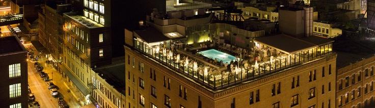 NYC - Piscine sur le toit de l'hôtel