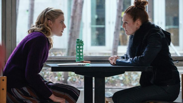 REVIEW: Julianne Moore steals 'Maggie's Plan'