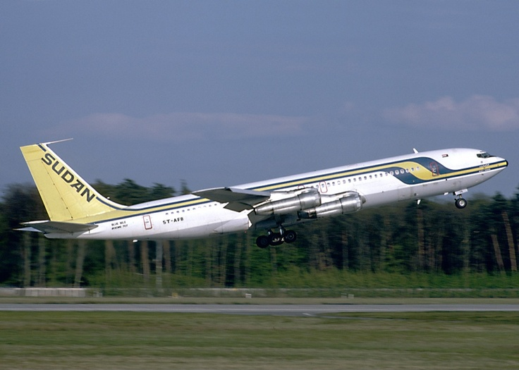 "Sudan Airways Boeing 707-3J8C ST-AFB ""Blue Nile"" at Frankfurt-Main, circa May 1988. (Photo: Felix Goetting)"