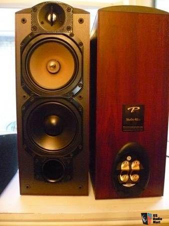 Alruu | Paradigm Reference Studio 40's with matching Studio CC Center Speaker