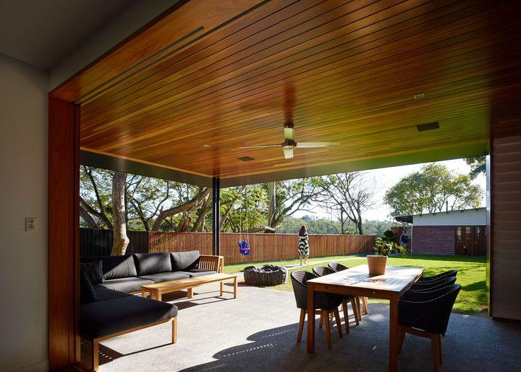 Post Post-War House | Queensland Australia | Shaun Lockyer Architects