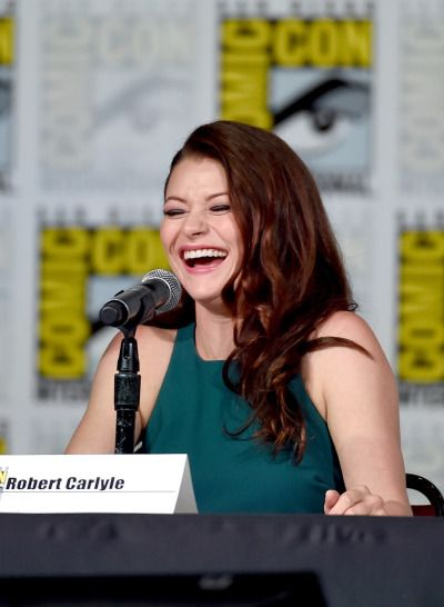 """Emilie De Ravin during the """"Once Upon A Time"""" Panel at the 2015 San Diego Comic-Con (July 11, 2015)"""