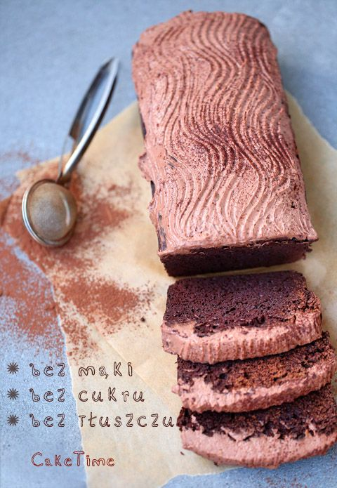 bean chocolate cake without fat, flour and sugar (Polish)