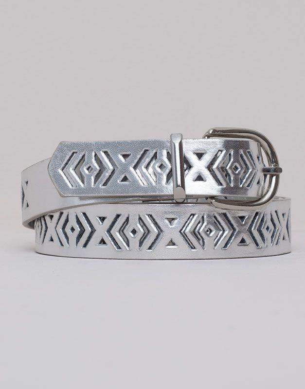 Pull&Bear cinturón troquelado efecto metalizado - plata - $119