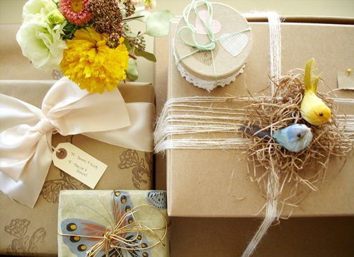 Add a nest and birds to a gift:)