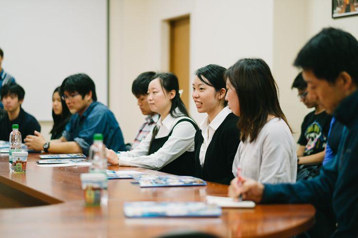 10 дней для японских студентов  Встречу с иностранными студентами провела администрация Сахалинского государственного университета.  Темой была обозначена работа дополнительной образовательной программы «Гуманная педагогика: равные возможности и культурное многообразие современного мира». Программа реализуется в рамках договора о сотрудничестве между университетом Хоккайдо и СахГУ. Для шести студентов и двух магистрантов будут читаться лекции на английском языке ведущими докторами…