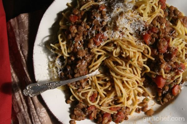 Starch on starch, this spaghetti with a slightly spicy lentil ragu is a spot of pure comfort food.