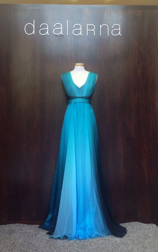 August 2014 Daalarna Couture's shop-window is decorated by our blue evening dress made from nice ombre floss muslin.