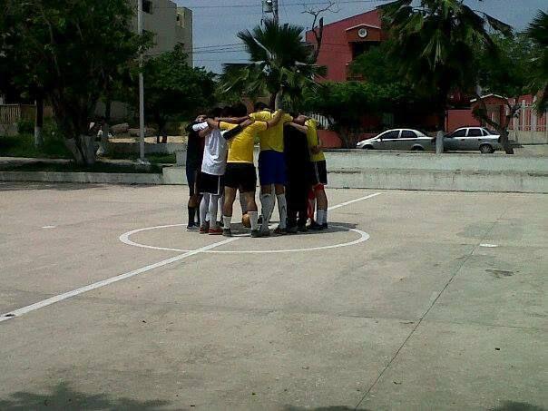 Reunion deportiva  (Parque cisnero)