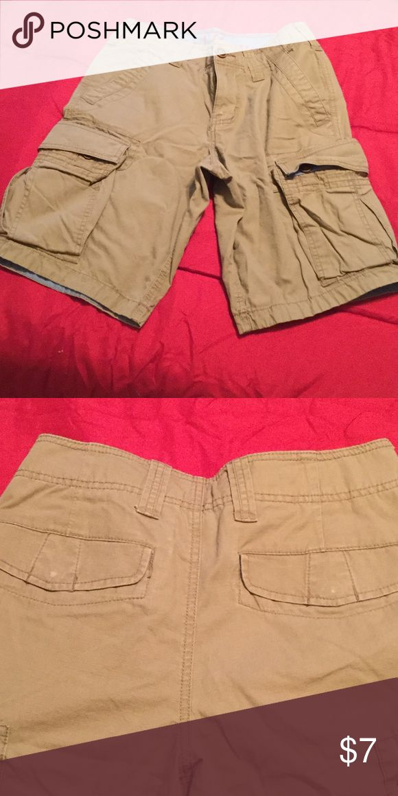 Khaki cargo shorts Good condition. Has a little wear on back buttons as shown in pic. Red Camel Shorts Cargo