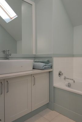Bill and Lesley's contemporary cottage calm - perfect bathroom colours