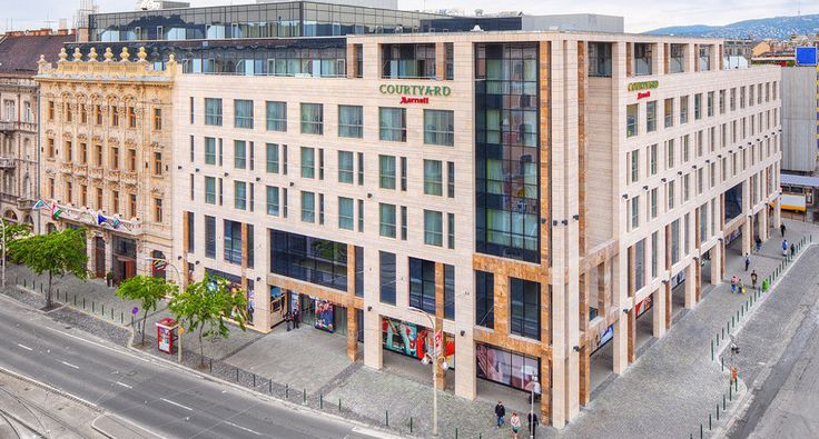 Budapest Accommodation: Courtyard by Marriott Budapest City Center hotel