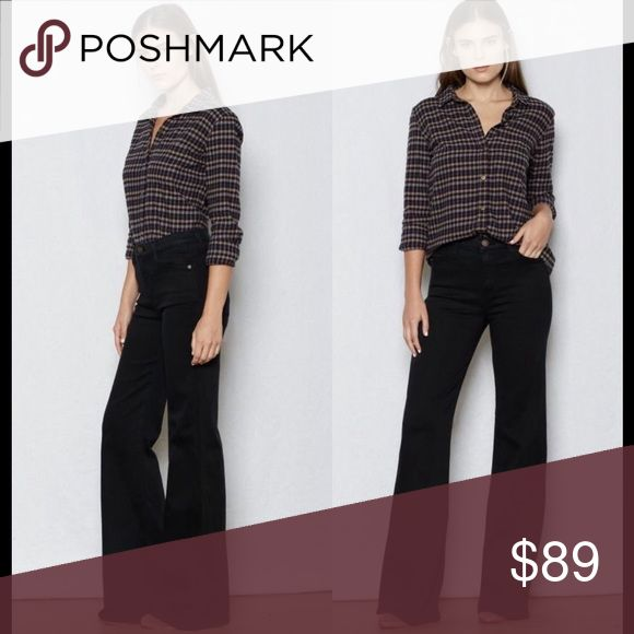⬇️The Girl Crush Flare Hi-Waist Price drop ⬇️ No Offers. Current/Elliott's Girl Crush flare jeans in tar.  A 70s inspired flare, these jeans sit high on the waist & features five pocket styling with single button closure and zip fly. In a contemporary washed black color. Comp: 43% viscose, 33% cotton, 17% tencel, 5% polyester, 2% elastane Machine wash * True to size - take your usual size * These jeans have a lot of stretch, so for a tighter fit you may want to go down a size * High waist…