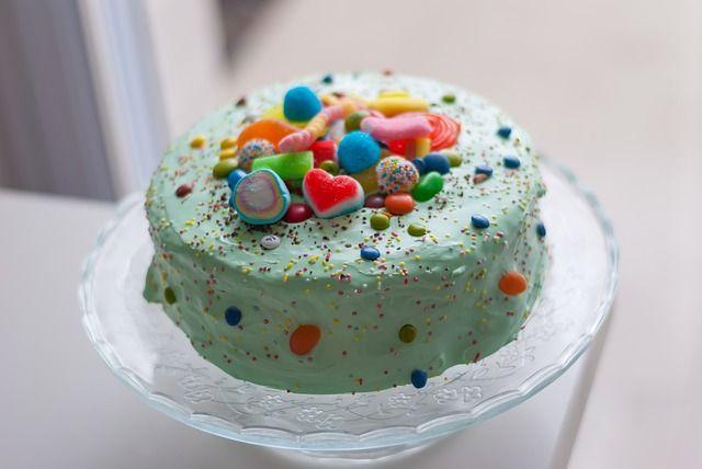 Birthday cake for little kids #idea #mom #party #kids #birthday #cake