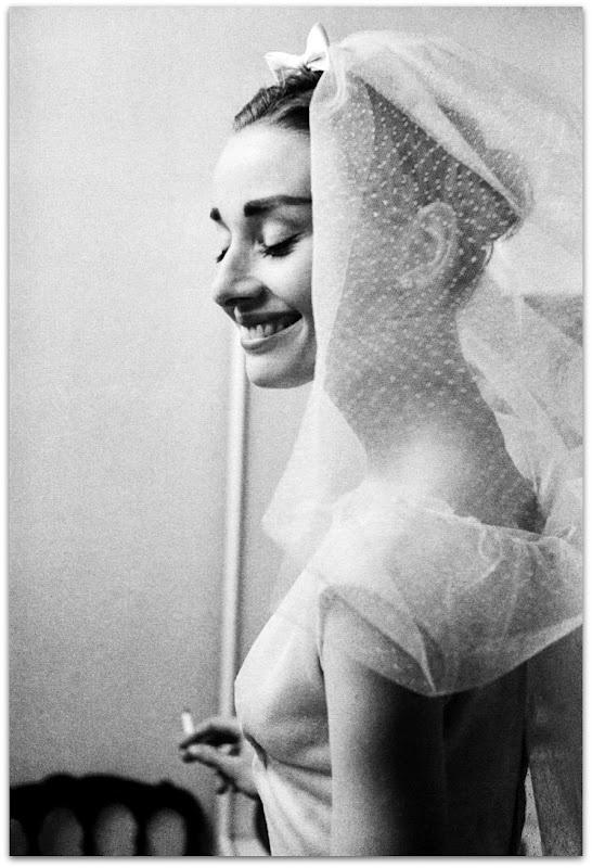 Audrey Hepburn SO beautiful!