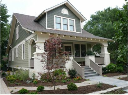 this is one of my favorite bungalow exteriors all bcuz of the rounded arch and thick