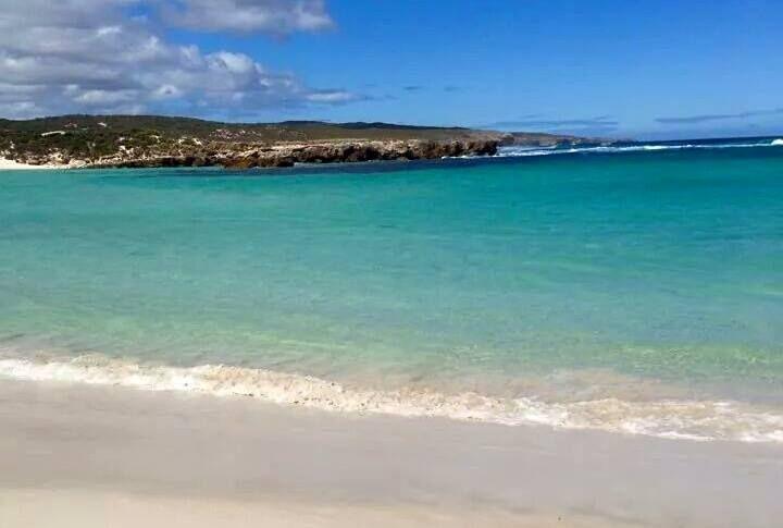 This is beautiful Hansen Bay on Kangaroo Island