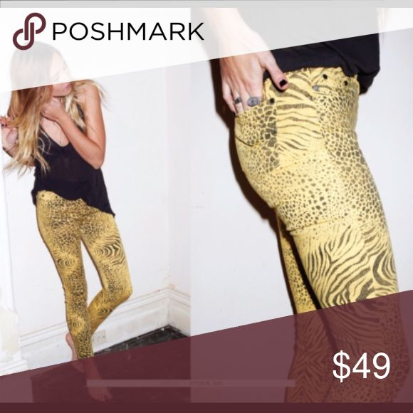 Insight animal print jeans Adorable insight animal print jeans brand new with tags retail $102 size 28 open to offers and trades 😍 ASOS Jeans Skinny