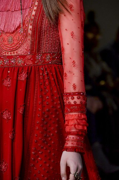 Valentino at Paris Fashion Week Fall 2017 - Details Runway Photos