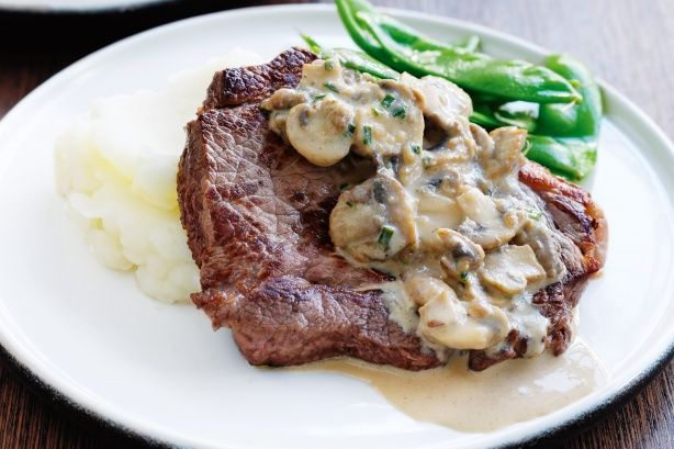 Steak with mushroom sauce and mash low fat
