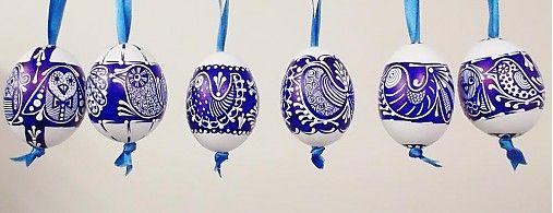 maramanufaktura / KRASLICE /vajíčko slepačie - vzor vtáčik- modrobiele