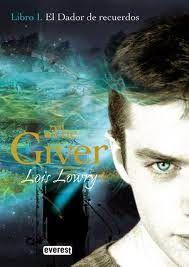 Surcando historias: Reseña #24 - El dador de recuerdos (The giver), de...