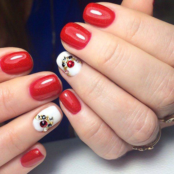 Evening dress nails, Evening nails, Exquisite nails, Luxurious nails, Medium nails, Nails ideas 2016, Nails with stones, Red and white nails