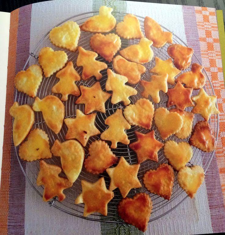 I biscotti più sfornati: i Milanesini  Ricetta: https://www.facebook.com/Latteria-Bregaglia-188472627870441/?ref=bookmarks   http://www.latteriabregaglia.ch/it/prodotti/110-burro  http://sottoporta.weebly.com/  #biscotti #burro #bio #latteriabregaglia #Milanesini #grassin #lanossastoria #sottoporta