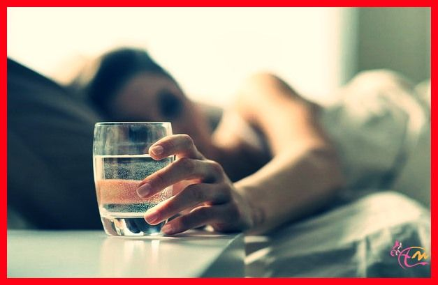 Tiga Manfaat Minum Air Hangat Setelah Bangun Tidur - http://arenawanita.com/tiga-manfaat-minum-air-hangat-setelah-bangun-tidur/