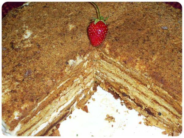 Как испечь медовый торт с фотографией